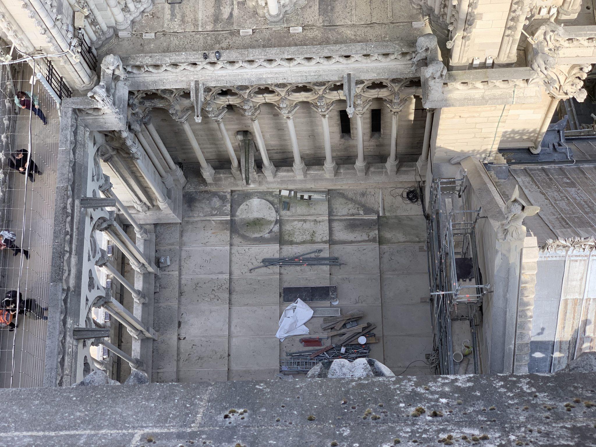 Notre-Dame upper courtyard