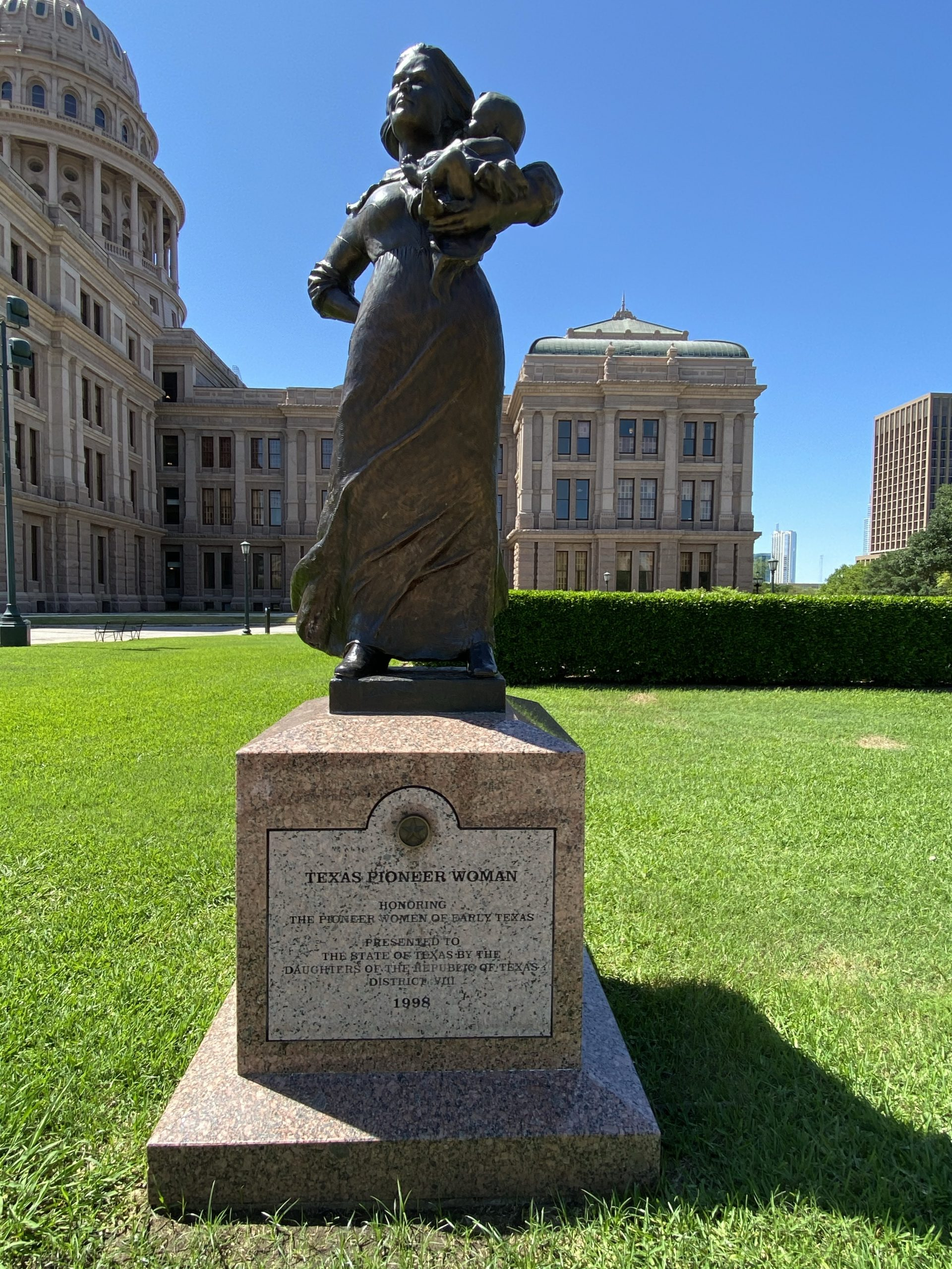 Texas Pioneer Woman sculpture at Texas Capitol